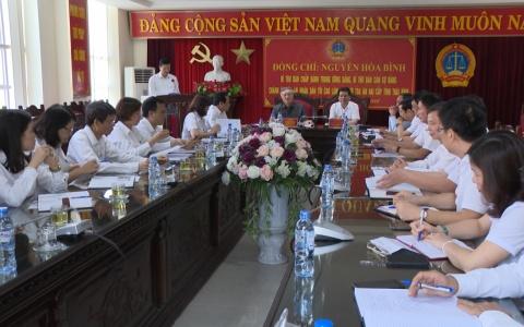 Chánh án Tòa án nhân dân Tối cao làm việc với Tòa án hai cấp tỉnh Thái Bình
