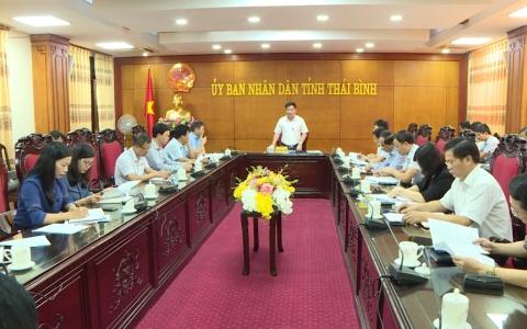 UBND tỉnh nghe báo cáo về tình hình chống khai thác hải sản bất hợp pháp