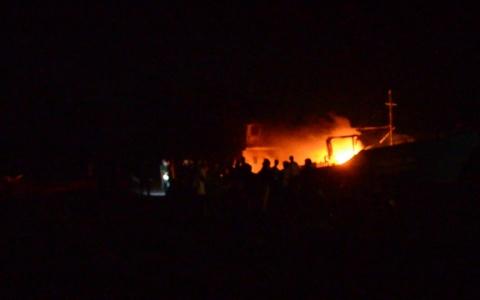 Cháy tàu tại bến cá Cửa Lân, xã Nam Thịnh, huyện Tiền Hải.