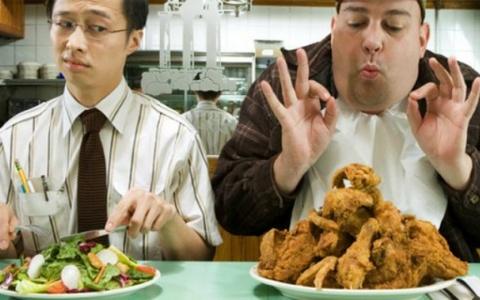 Lười ăn rau là nguyên nhân khiến gần 60% người Việt mắc hai bênh ung thư phổ biến