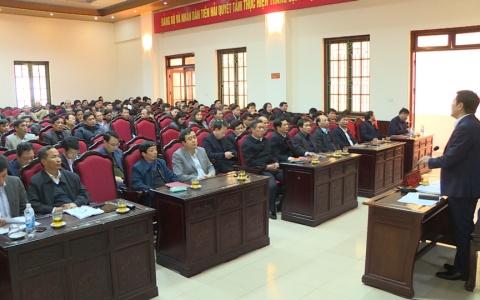 Đồng chí Bí thư Tỉnh ủy tiếp xúc, đối thoại với đại diện nhân dân huyện Tiền Hải