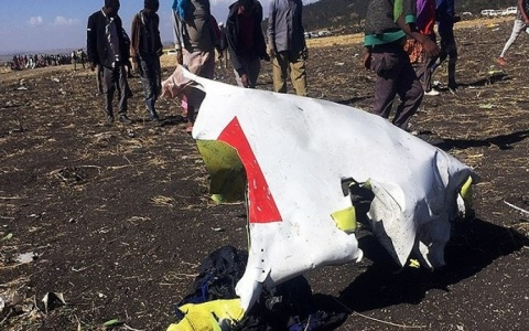 Máy bay Ethiopia rơi, toàn bộ 157 người thiệt mạng