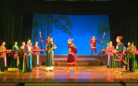 """Nhà hát  Chèo Thái bình công diễn vở """" Trọn nghĩa non sông """""""