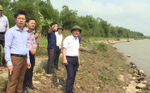 Kiểm tra thị sát công tác quản lý đê điều và quản lý đất đai tại huyện Thái Thụy