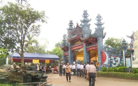 Khai hội chùa Am Vô