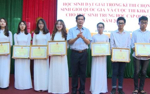 Thái Bình tuyên dương học sinh giỏi Quốc gia năm 2019
