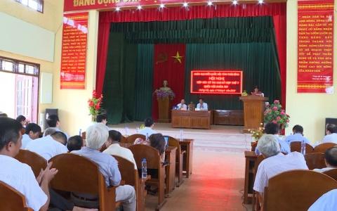Đồng chí Nguyễn Hạnh Phúc - Ủy viên Trung ương Đảng, Tổng thư ký, Chủ nhiệm Văn phòng Quốc hội tiếp xúc với cử tri hai huyện Quỳnh phụ và Hưng Hà