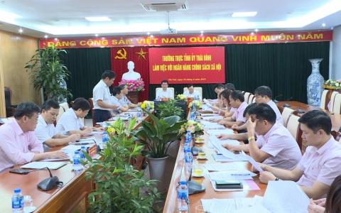 Thường trực Tỉnh ủy Thái Bình làm việc với ngân hàng Chính sách xã hội