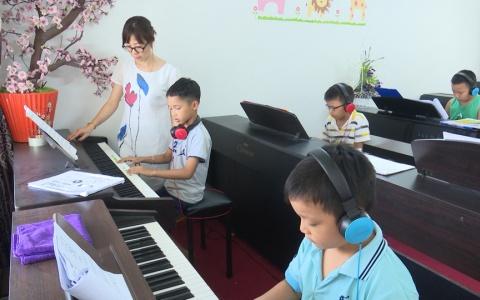Chọn học nhạc cho trẻ trong dịp nghỉ hè