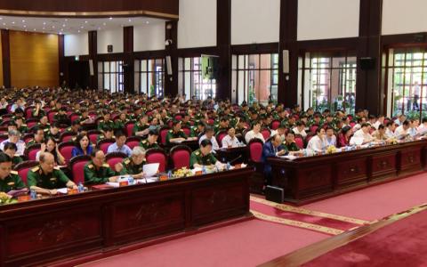 Thủ tướng dự Hội nghị Quân chính toàn quân 6 tháng đầu năm 2019