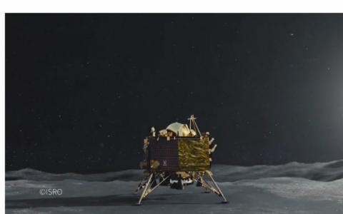 Tàu vũ trụ Ấn Độ vào quỹ đạo Mặt Trăng