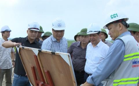 Đồng chí Bí thư Tỉnh ủy kiểm tra tiến độ một số công trình giao thông