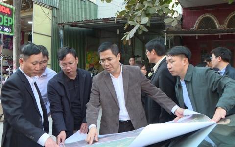 Kiếm tra tiến độ thi công dự án cải tạo nâng cấp đường  221A