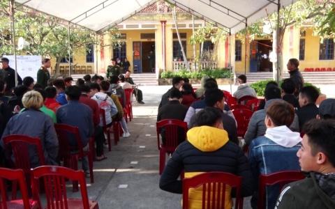 Huyện Quỳnh Phụ khám sức khỏe cho nam thanh niên nhập ngũ năm 2020