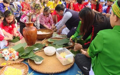 Trường THCS Kỳ Bá ( Thành phố) tổ chức Ngày hội gói bánh chưng xanh