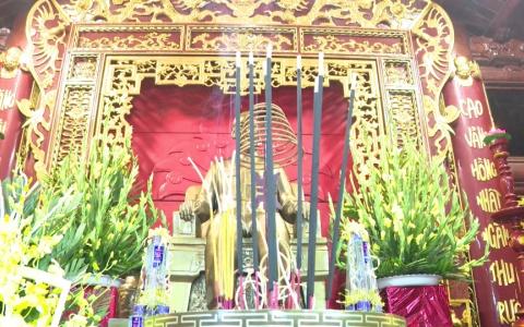 Dâng hương tri ân các anh hùng liệt sĩ, chủ tịch Hồ Chí Minh và đồng chí Nguyễn Đức Cảnh